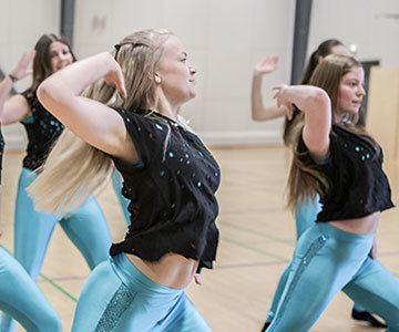 Kom på en rigtig danse efterskole med Klank